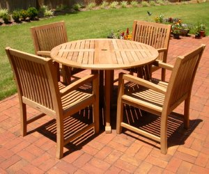 Teak Round Table With Arm Chairs