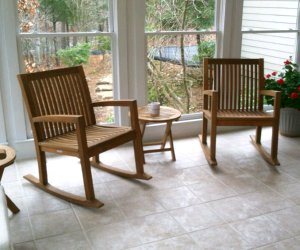 set of 2 rocking chairs and table atlanta teak furniture