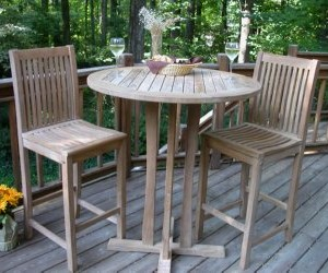 teak bar set on the patio by Atlanta Teak Furniture